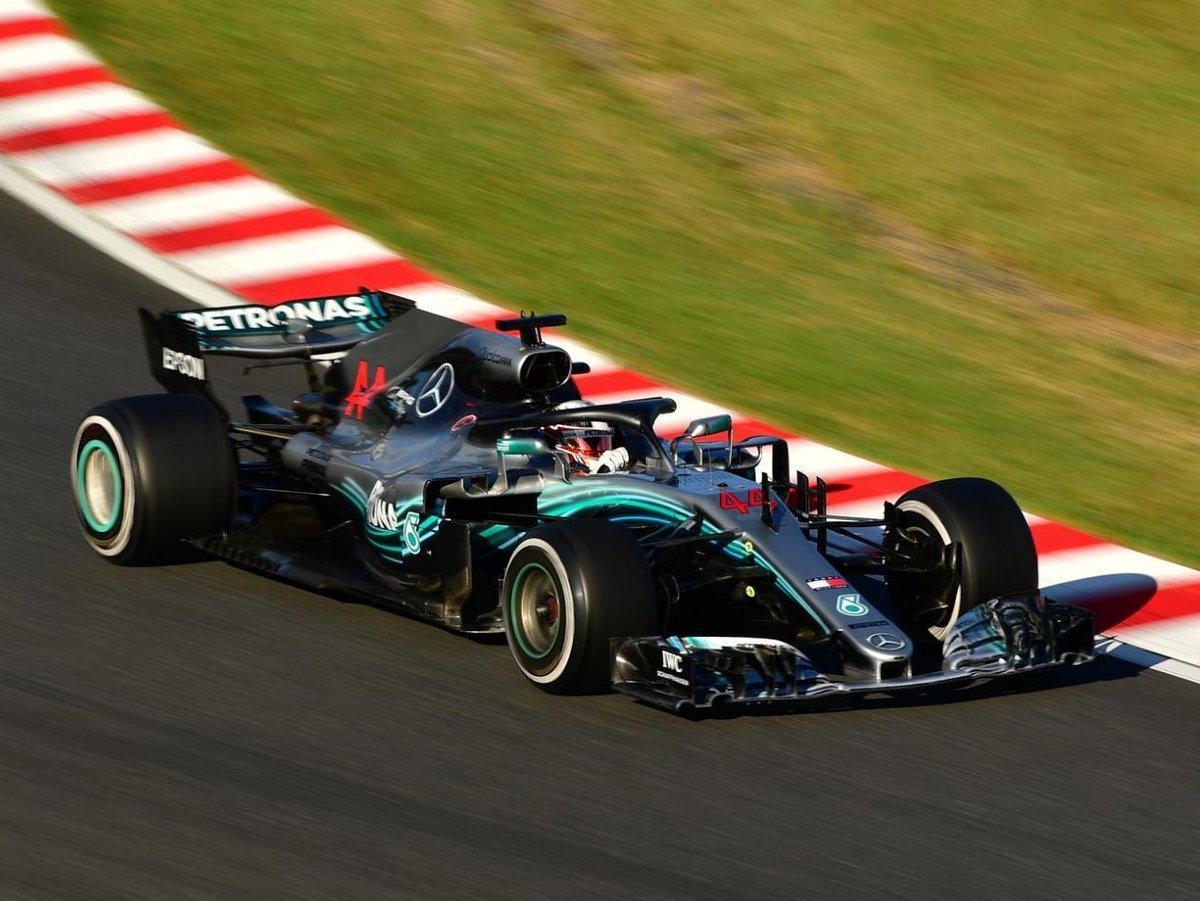 F1日本GP、メルセデス・ハミルトン選手鈴鹿V2(撮影=宮嶋浩一)