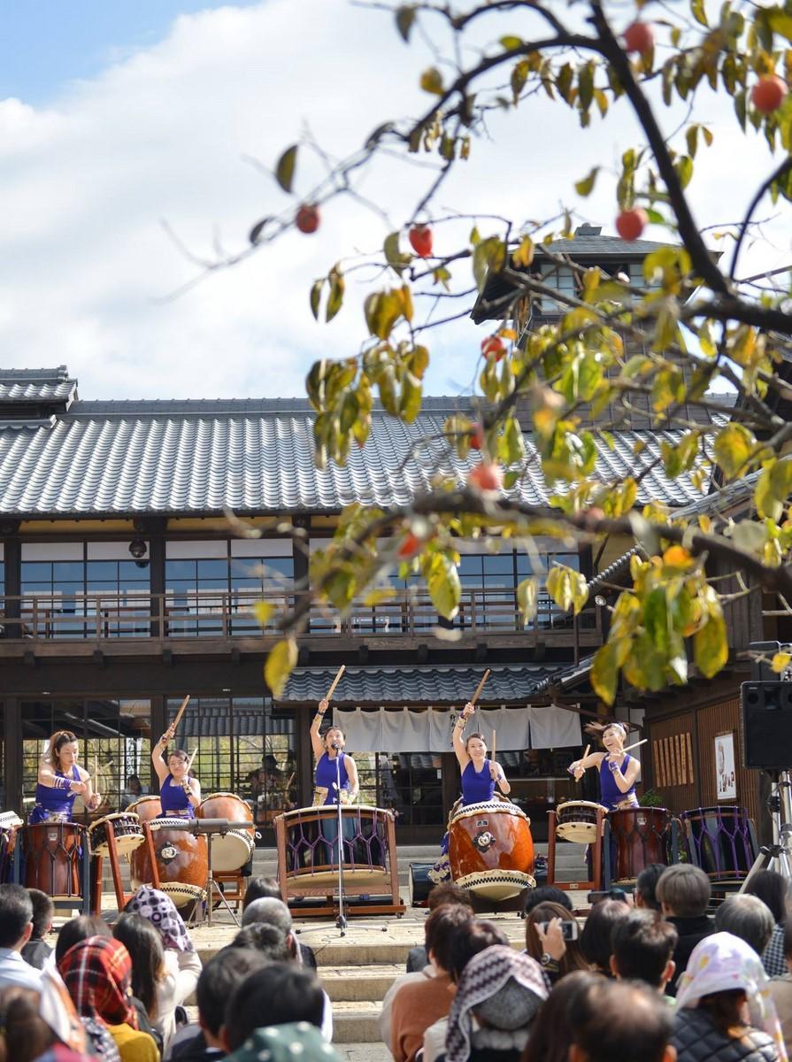 伊勢神宮に奉納演奏「日本太鼓祭」 全国から16の和太鼓団体が伊勢に集結 「霧島九面太鼓 和奏」の演奏