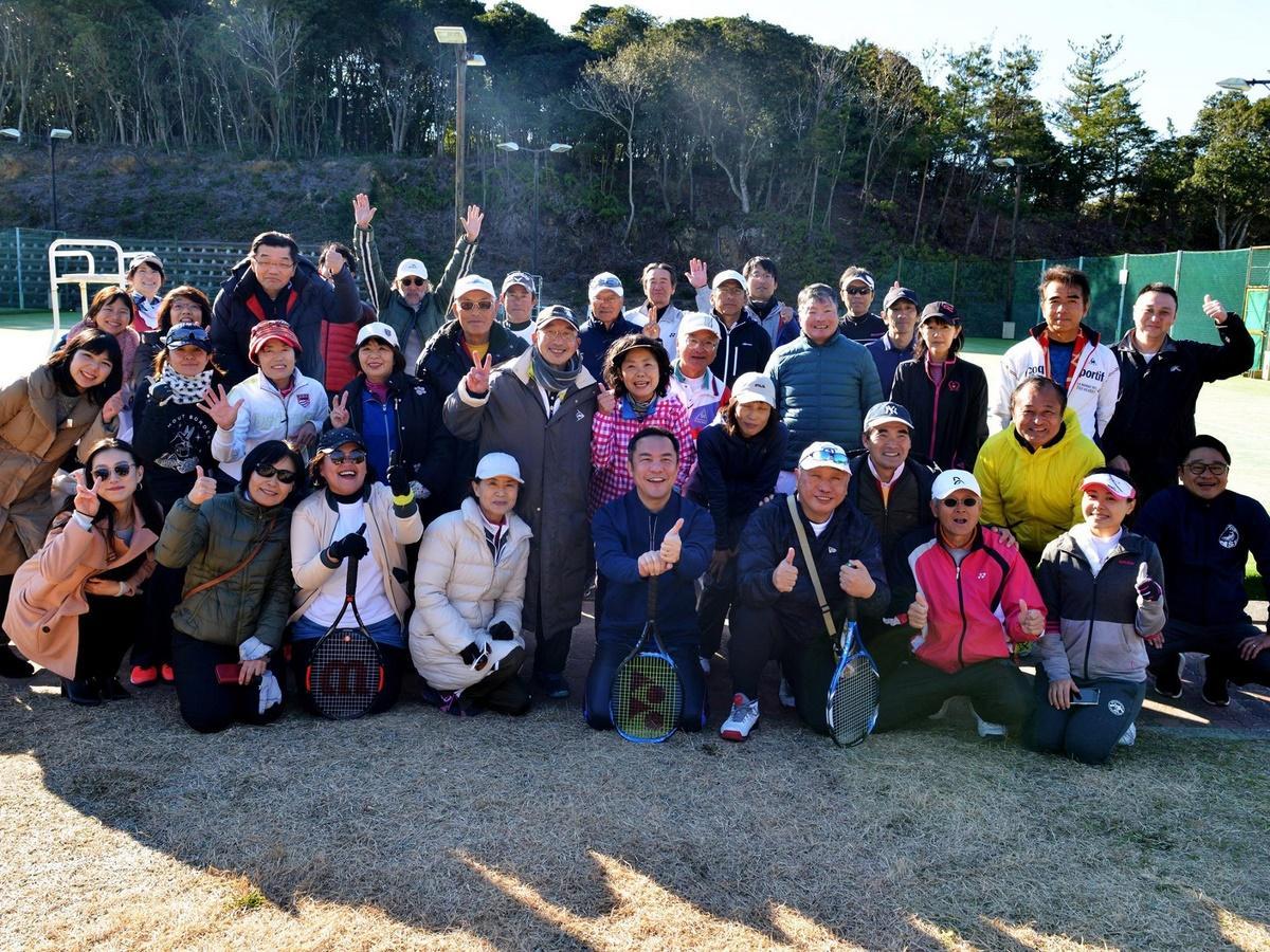三重県知事と志摩市長がテニスで対決 賢島で「伊勢志摩リゾートAKカップ」