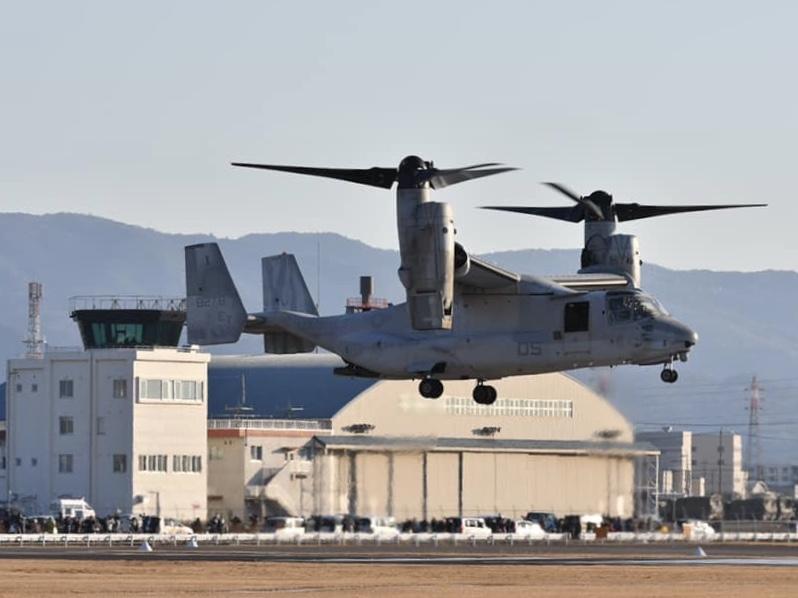 伊勢の上空にオスプレイ3機 米軍との合同訓練で明野駐屯地が整備基地に(写真=加藤直人)