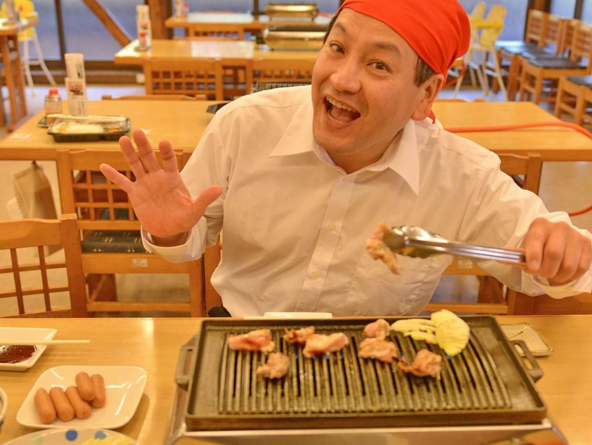 多気町・五桂池ふるさと村に「松阪鶏焼き肉」アンテナショップ(代表理事の松浦信男さん)