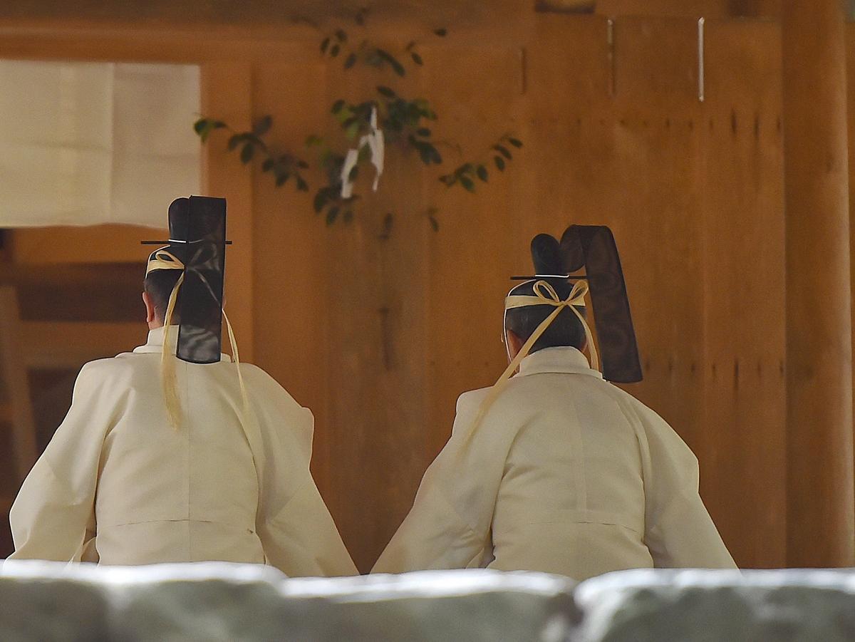 天照大御神に絹と麻を奉納する「神御衣祭」 伊勢神宮内宮と荒祭宮で