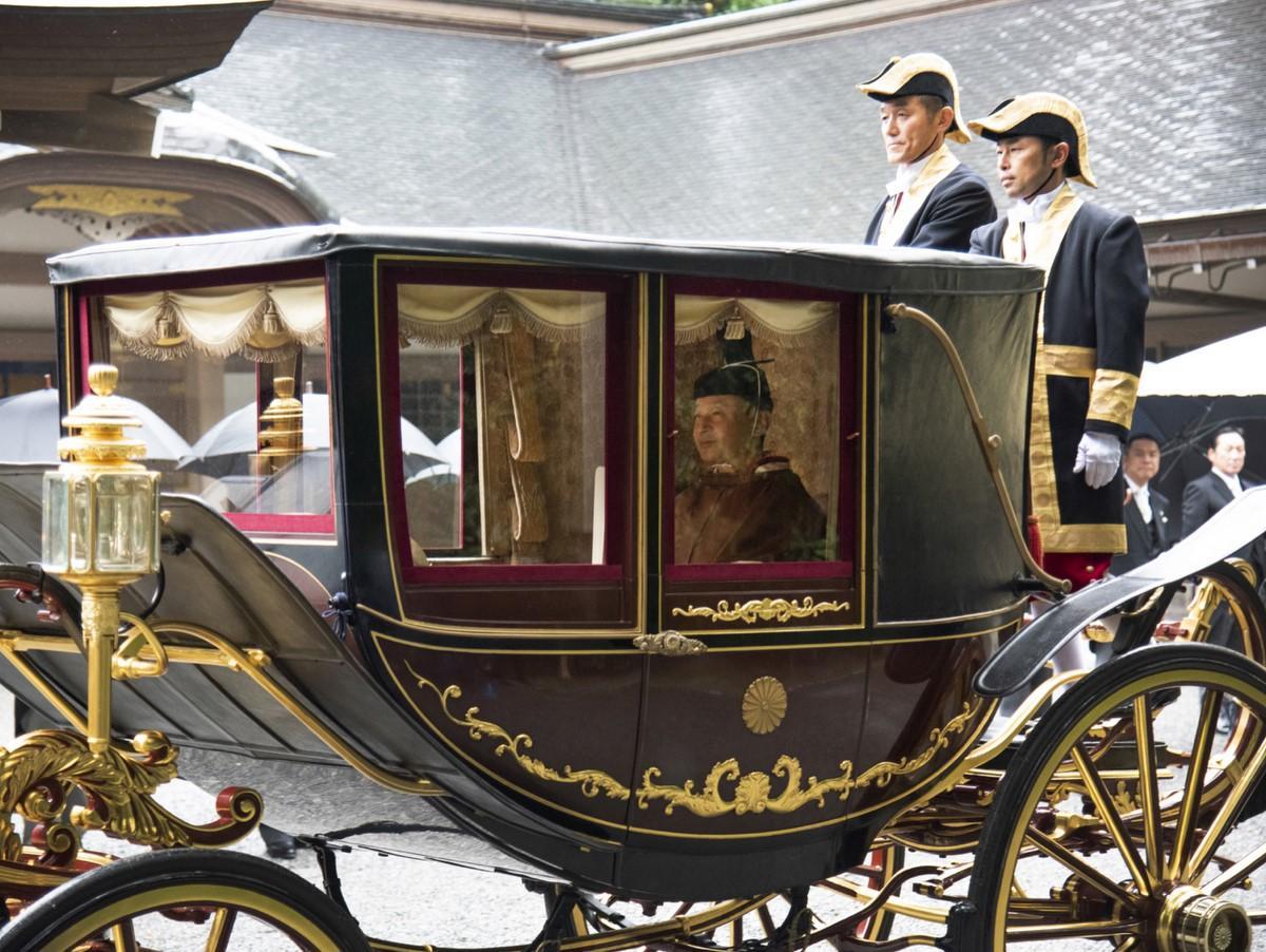 天皇陛下、馬車で伊勢神宮をご参拝 即位されたことを神さまにご報告(撮影=鈴木一弘)