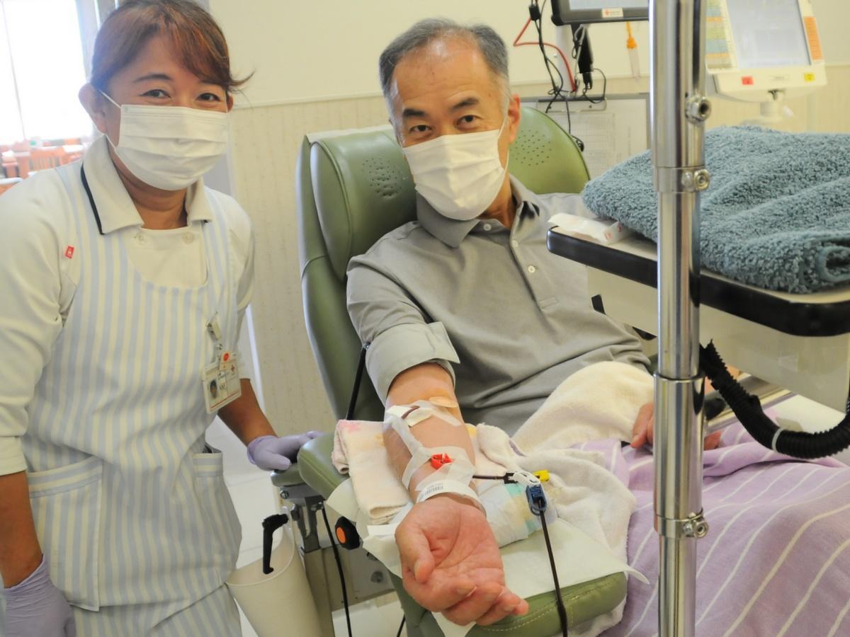 現役の鳥羽市長が献血回数200回達成 「一人が回数重ねても知れている」献血協力呼び掛け
