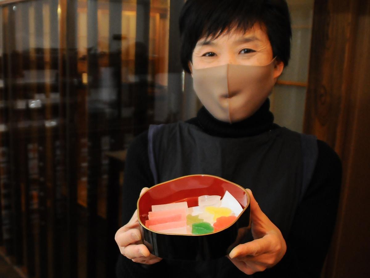 明和町・伊勢街道沿い築100年以上の古民家で砂糖菓子専門店 まちかど博物館も