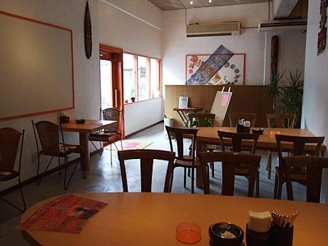 石垣島では初となるスープカレー専門店「なんくるないさー」がオープン。