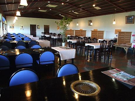 リニューアルオープンした牧場レストラン「焼肉八重福」
