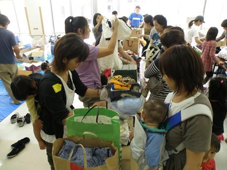 市民から集められた支援物資が被災地へ