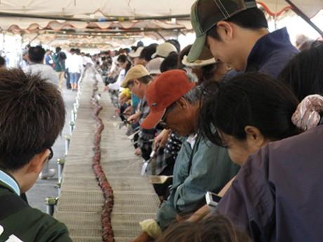 石垣牛串焼き最長107.6メートルでギネス記録に