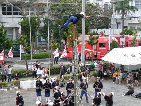 石垣市消防出初め式が旧庁舎跡地で行われた