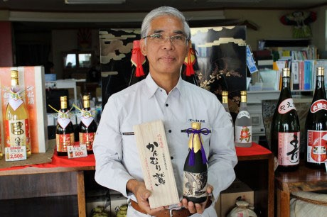 初の100%古酒製造に石垣島ファンドを利用する八重泉酒造、座喜味盛二社長