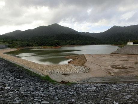 27日のまとまった雨で、真栄里ダムの貯水率は45.2%(28日18時43分現在)まで確保した