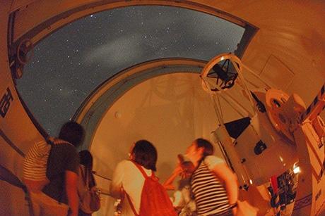 国立天文台・石垣島天文台(写真提供=石垣島天文台)
