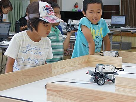 石垣で行われた「ロボット教室」の様子