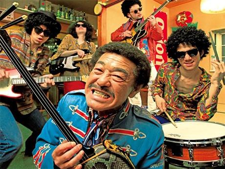 具志堅用高さんとトレモノによる同フェス限定の新バンド「グシ・ケンドリックス・エクスペリエンス」