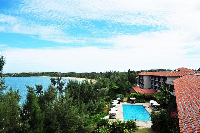 「ホテル ニラカナイ 西表島」外観