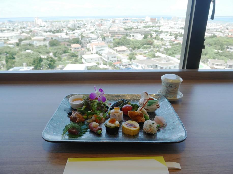 ランチタイムの「彩惣菜の和ランチプレート」