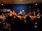 石垣島で池田真作さんが大忘年会ライブ レコ発ツアーの締めくくりに本拠地で
