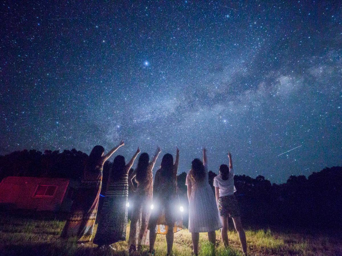 「ゴートツアーズ流星の丘」の星空ツアーの様子