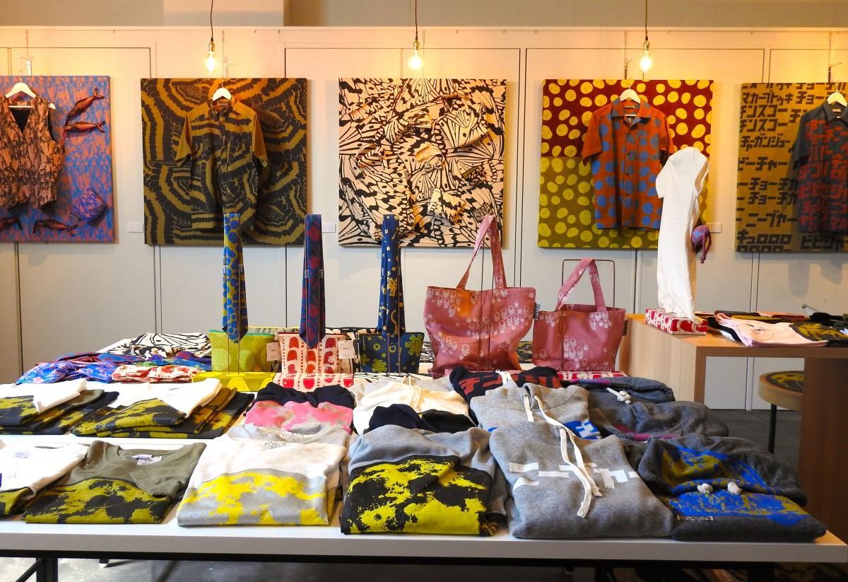 石垣島のホテルエメラルドアイルで開催中の「ISLAND MODE イチグスクモードの洋服展」