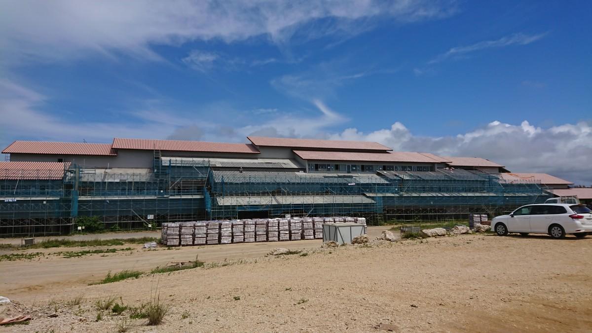 建設工事が進む石垣市の新庁舎