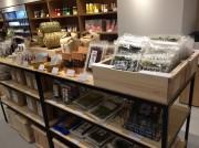 複合店「石巻アサッテ」開業 地元10社で立ち上げた「うまいものマルシェ」も
