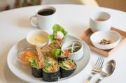 石巻のローフード専門店が料理教室 8月の開店に先立ち開講