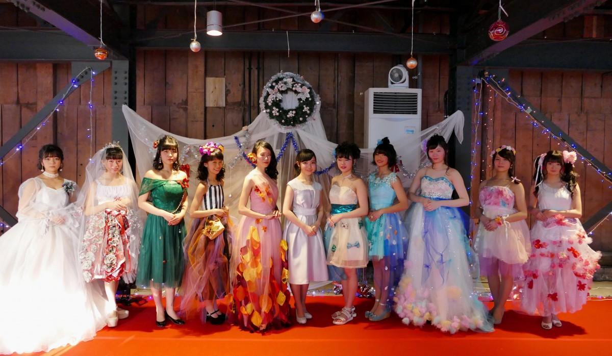 石巻の文化財・旧観慶丸商店でファッションショー 高校生が主催
