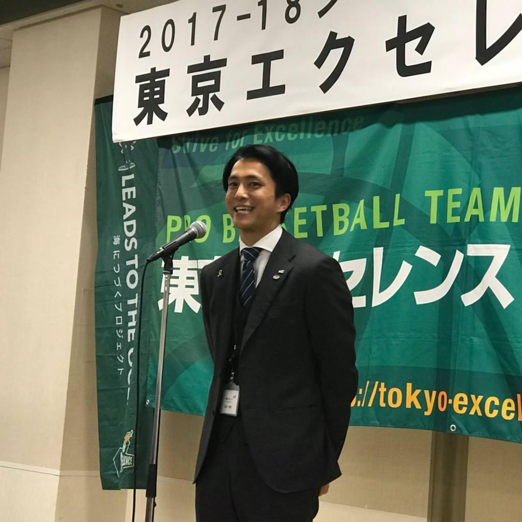 石田ヘッドコーチも挨拶では満面の笑顔を見せた