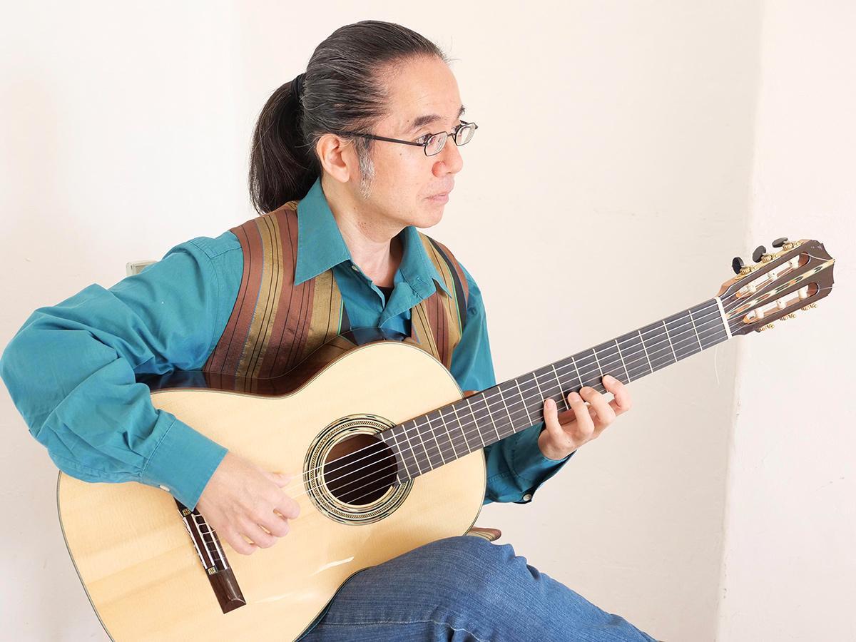 スパニッシュ・ギタリストの山田陽一郎さん