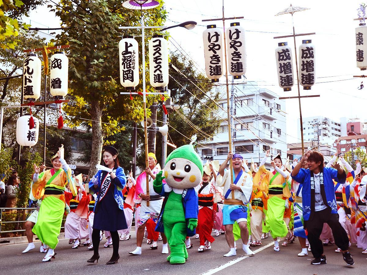 昨年同様、板橋区のマスコット・りんりんちゃんも阿波踊りに参加する