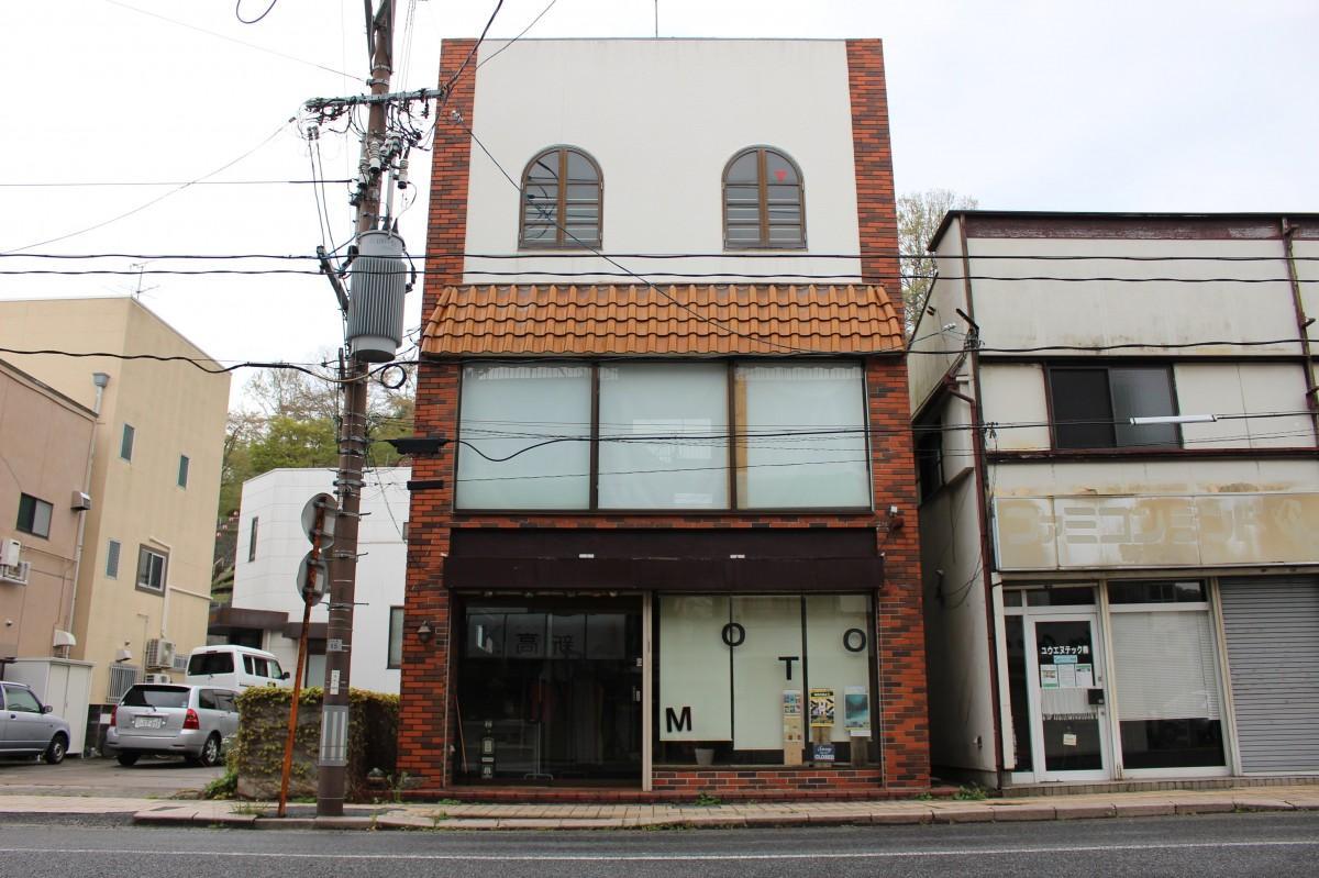 「湯本駅前ミニシアター Kuramoto」外観