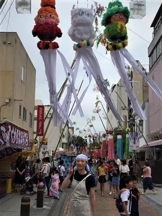 2018年の平(たいら)七夕祭り、平三町目本町通りの様子。