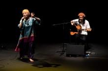 白崎映美さんがいわきでソロライブ 東北に歌声届ける旅