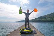 伊豆から「泳いで」日本一周の旅 福岡県出身の20代女性が挑戦