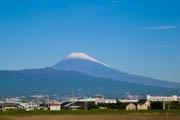 伊豆地方でも富士山の初冠雪 伊豆地方にも冬の気配