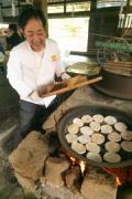 伊豆・韮山で「パン祖」のパン再現 パンの日にちなみ