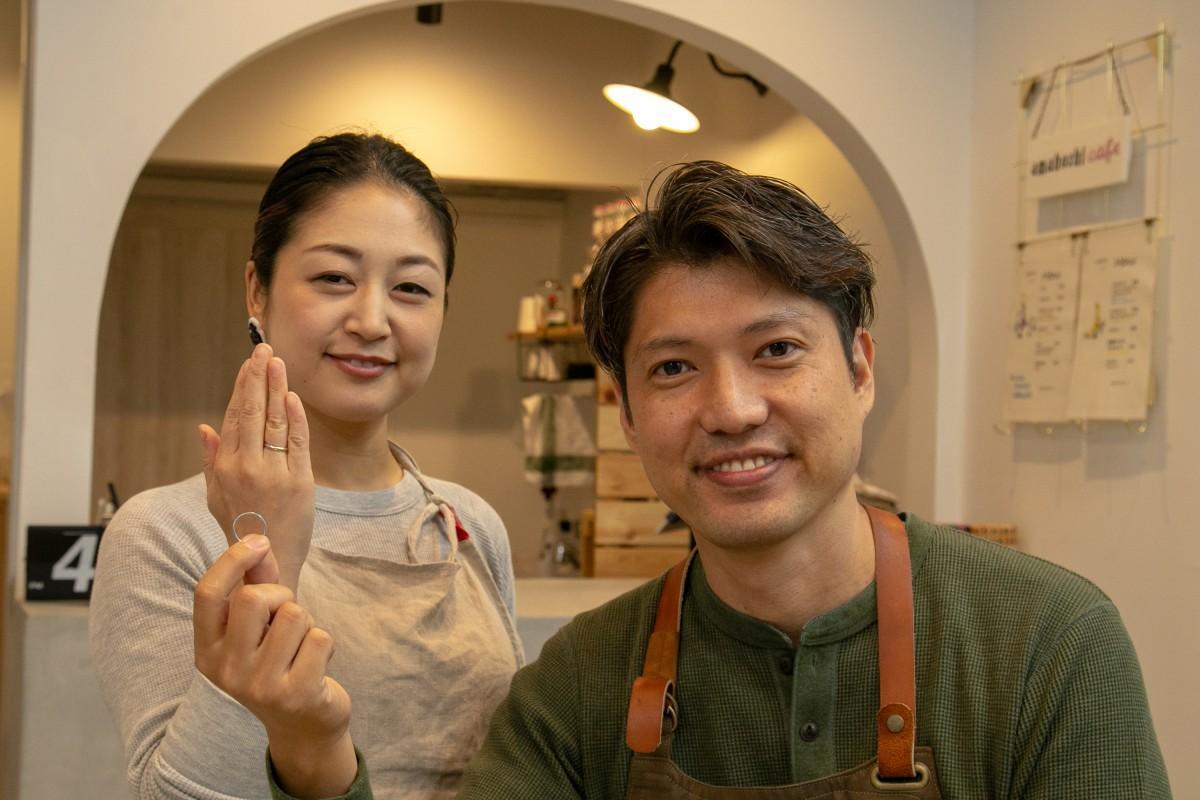 「男性の気持ちを伝える手助けができれば」と話す鈴木さんと青木さん。