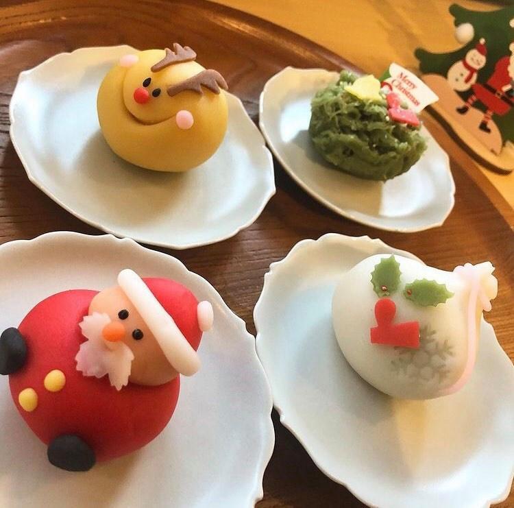「サンタクロース」「トナカイ」もみの木」「プレゼント」の4種類のクリスマス練りきり