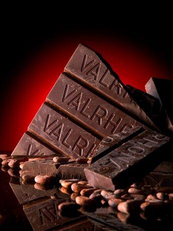 パティシエ愛用の仏ヴァローナ社チョコレートもそろえる「cuocaチョコレートコレクション2013」 (写真はイメージ)