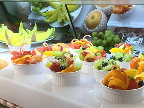 旬の果物を食べやすい形で提供する「THE Tokyo Fruits」カットフルーツメニュー