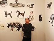 自由が丘でタイ人画家が個展 国王崩御を悼む国民の姿を「動物」に例えて描写