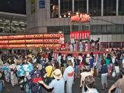 自由が丘駅前で「納涼盆踊り」 初日には浅草から芸者衆も
