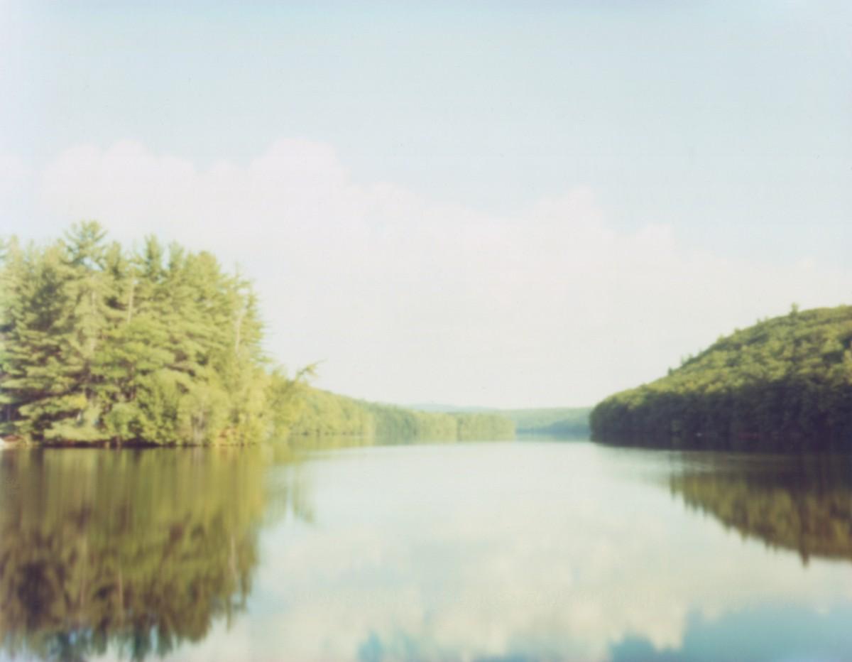 写真家・住山洋さんの写真展「Sea of Tranquility-静かの海-」から、「Vestige <#221>  」