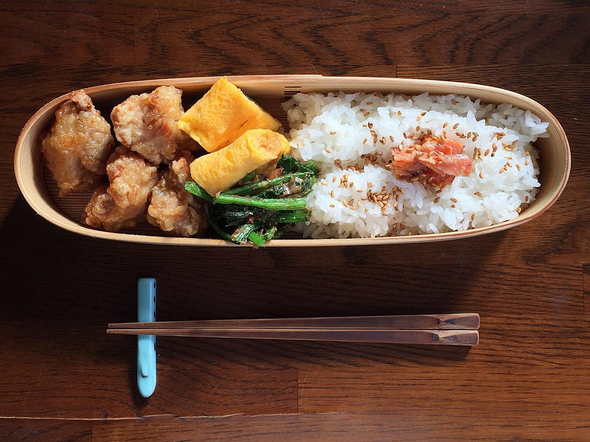 バッグにも収納しやすい細長い形が特徴、柴田慶信商店の白木弁当箱「長手弁当箱」