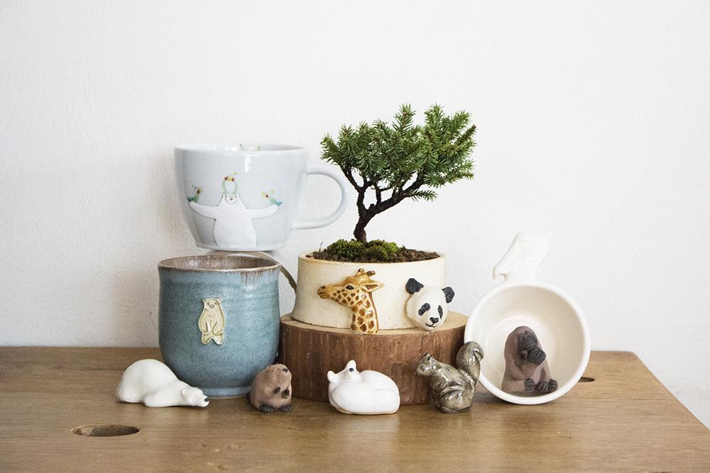 さまざまな動物をモチーフにした陶器作品をそろえた「アニマル陶器市」作品(一部)