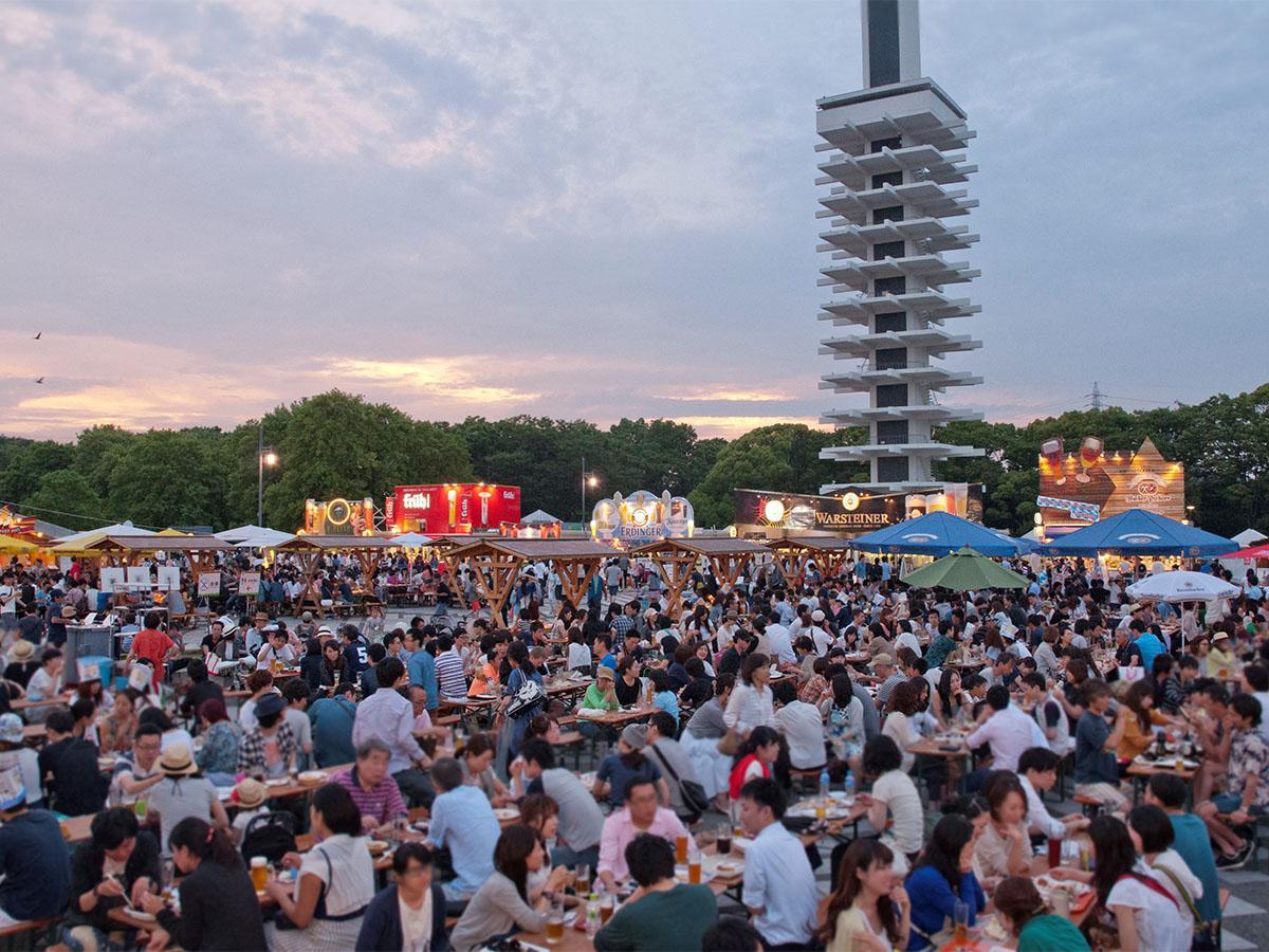 駒沢オリンピック公園中央広場で開催されるドイツビールの祭典「駒沢オクトーバーフェスト2019」(写真は過去開催時の様子)