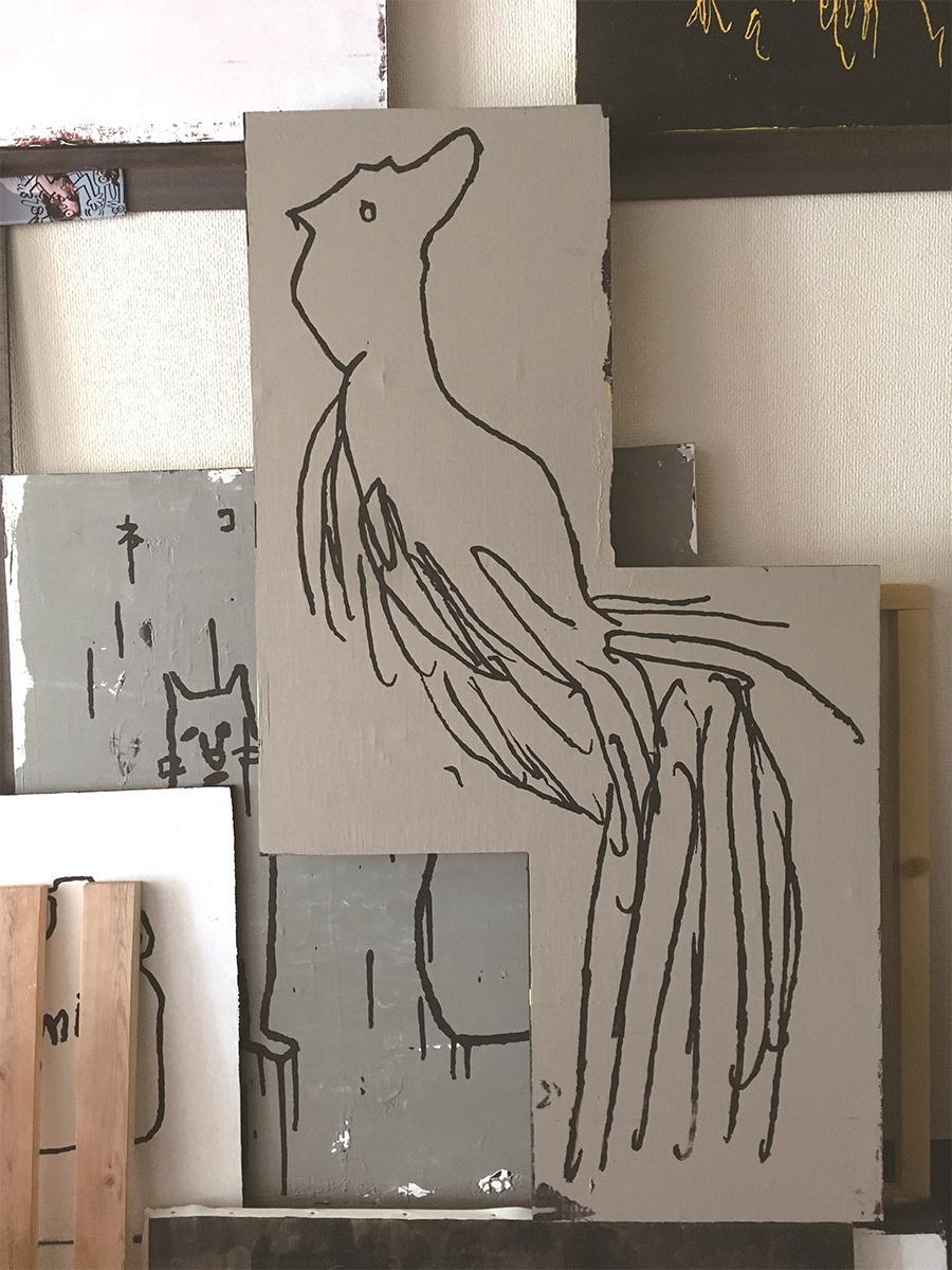 クリエーターの舞木和哉さん作品展「ALL IN ONE」から作品名「鳥鳥」