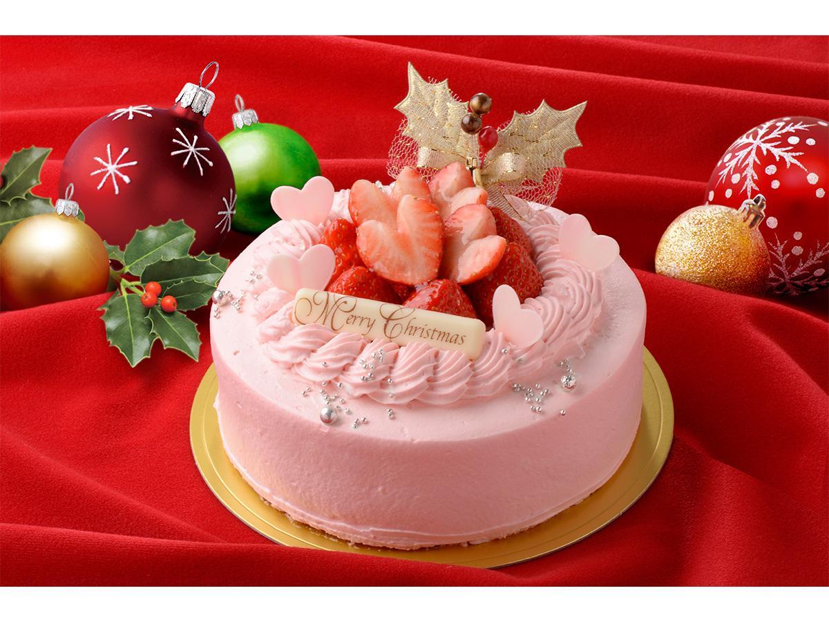 予約販売のクリスマスケーキから、ピンクのイチゴクリームとハート型にカットしたイチゴで「大人キュート」に仕上げたベリーベリー「ノエル ルージュ」