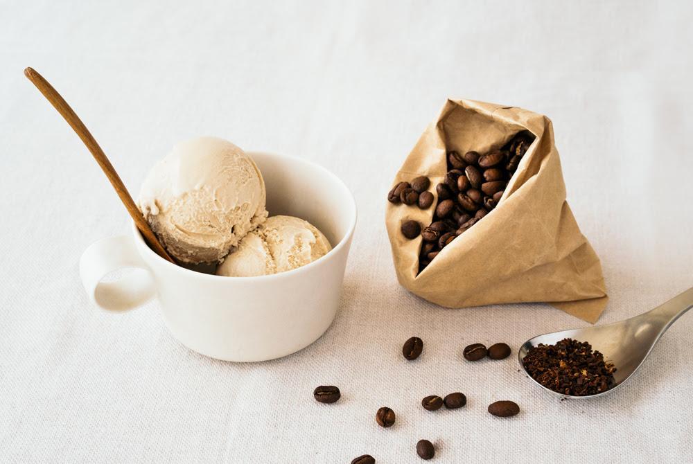 コーヒーショップ「ブルーボトルコーヒー」とコラボしたアイスクリーム「ヘイズ・バレー・エスプレッソ」